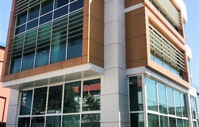 Şerifali nin Kurumsal Kiracılı En Prestijli Satılık Ofis Plazası
