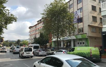 Sancaktepe de Ana Cadde Üzeri 4 katta toplam 1.200m2 İş Yeri