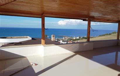 Şahinler Villalarında Ful Deniz Manzaralı Tripleks Villa