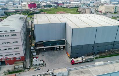 Esenyurt Akçaburgaz 7.000 m² Kapalı 2.000 m² Açık Alan Zemine Basar Kiralık Fabrika