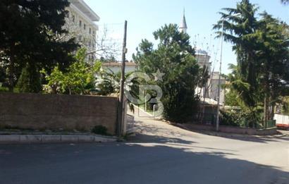 Çubuklu Engürübağ 'da 2 Katlı Ev Olan 1776 m2 Satılık Arsa