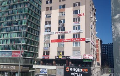 CB Turgay ÖNDEL, Kiralık Ofis 170m², E5 Metrobüs Durağında